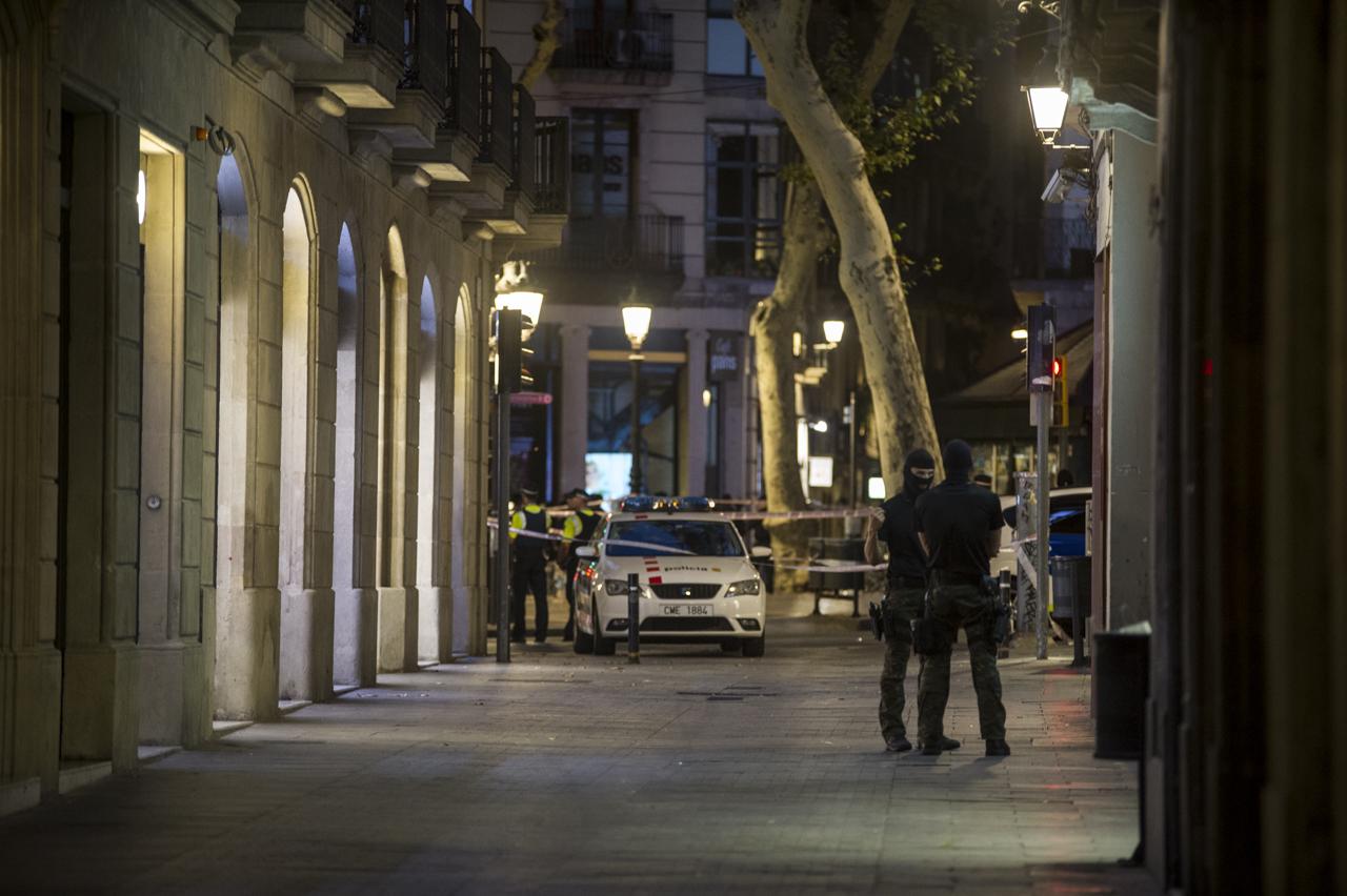 atentado_terrorista_barcelona-33