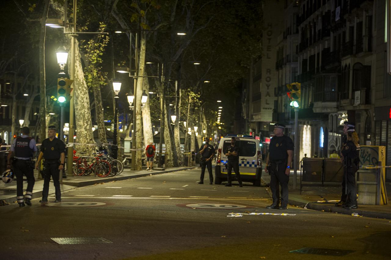 atentado_terrorista_barcelona-45