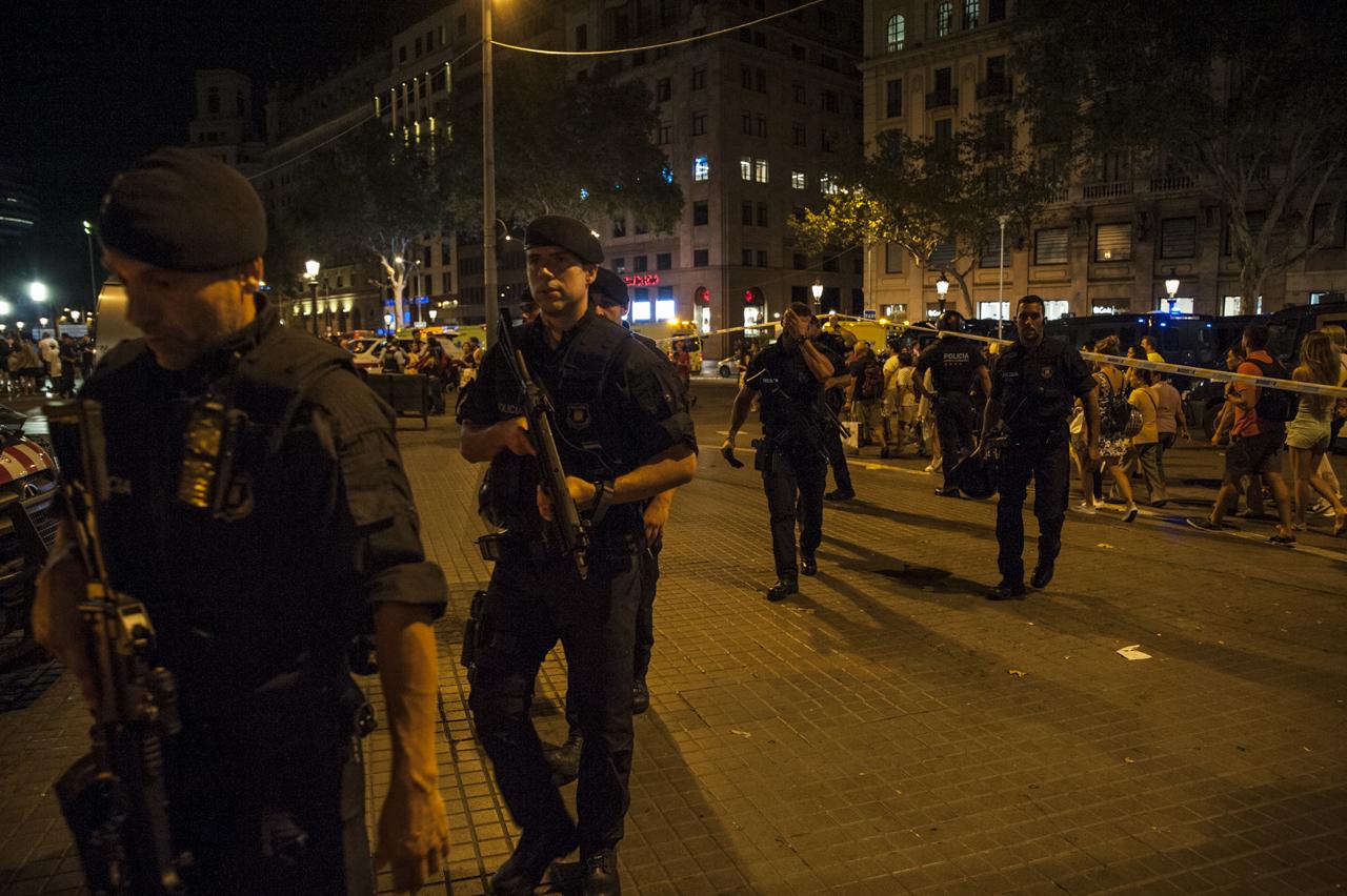 atentado_terrorista_barcelona-80