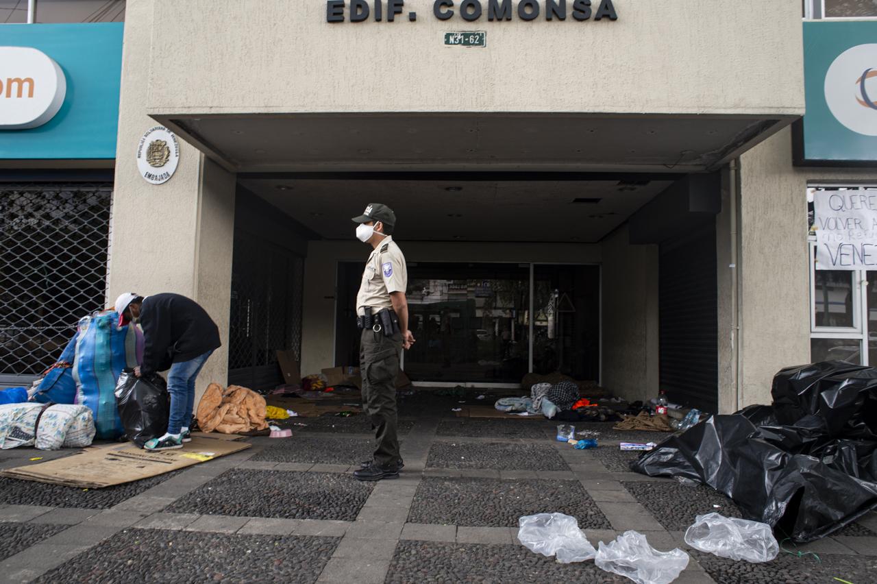 desalojo_embajada-7